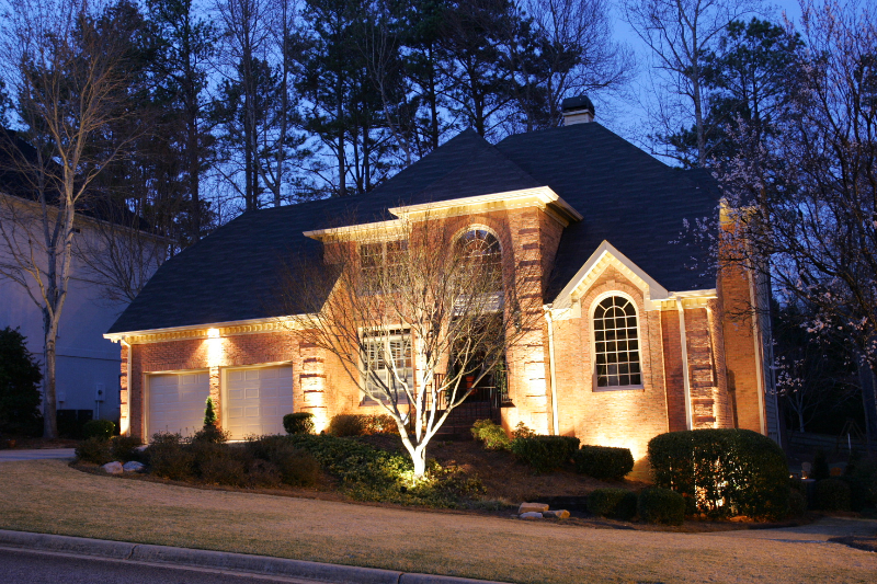 Landscape Lighting | Divine Landscaping, Inc.