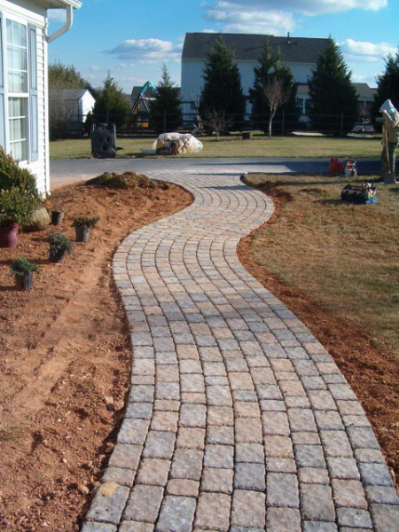 pavescapes frontyard driveway overlay remodel paver color shown is catalina pavers concrete. Black Bedroom Furniture Sets. Home Design Ideas